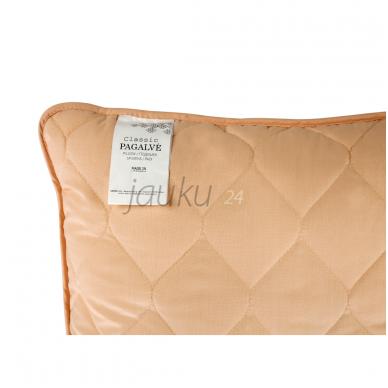 Kreminė daigstyta  pagalvė CLASSIC 2