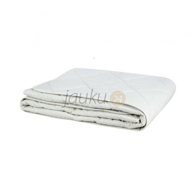 Lengva vasarinė antklodė su medvilnės- lino pluoštu (300 g/m²)