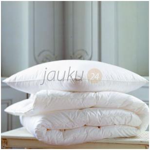 Universali vaikiška pūkinės patalynės komplektas: antklodė ir pagalvė (90% pūkų, 10% plunksnų)