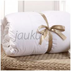 """Vaikiška antialerginė vasarinė antklodė su mikro poliesterio kamuoliukų užpildu """"VERNA"""" (180 g/m²)"""