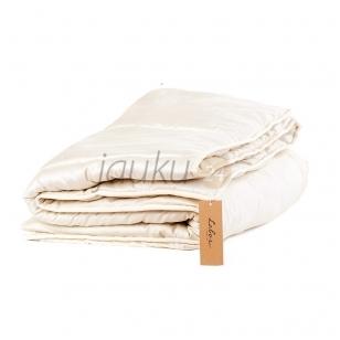 Vasarinė rankų darbo antklodė su vilnos užpildu (įvairių dydžių)
