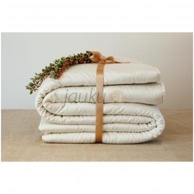Žieminė rankų darbo antklodė su vilnos užpildu (įvairių dydžių) 3